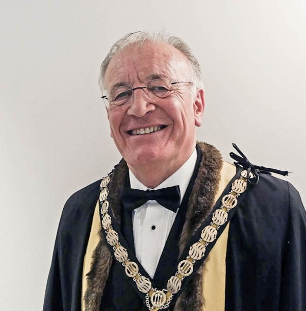 Past Master, Dr Roger Watson